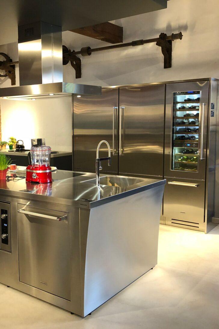 Medium Size of Edelstahl Küchen Lsst Eine Kche Gleich Professionell Wirken Edelstahlküche Gebraucht Regal Outdoor Küche Garten Wohnzimmer Edelstahl Küchen