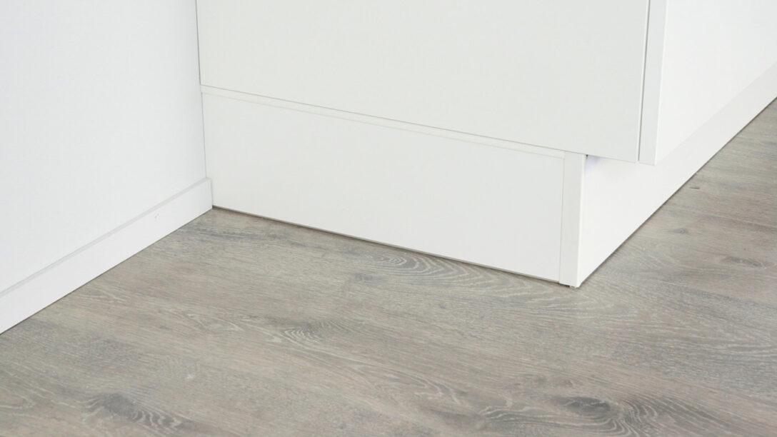 Large Size of Montagevideo Sockelretoure Nobilia Kchen Einbauküche Küche Wohnzimmer Nobilia Wandabschlussleiste