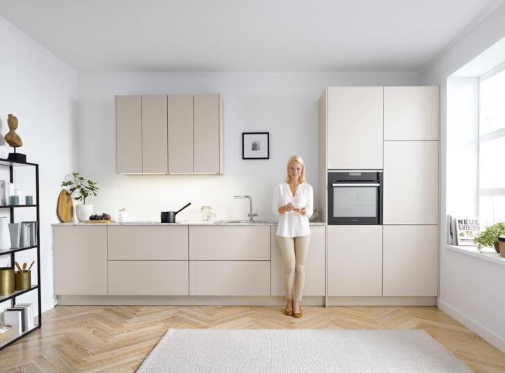 Medium Size of Küchenschrank Griffe Grifflose Kche Puristische Kchen Ohne Xxl Ass Möbelgriffe Küche Wohnzimmer Küchenschrank Griffe