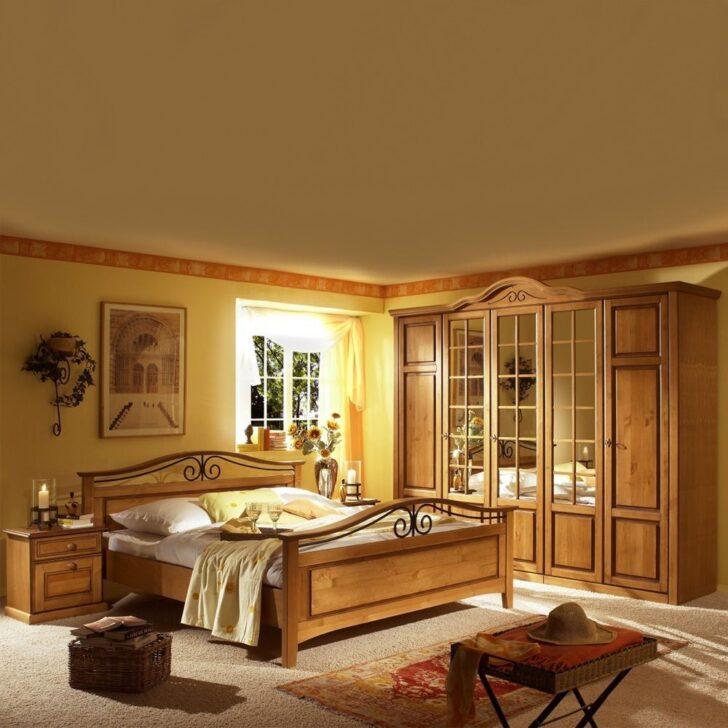 Medium Size of Schlafzimmer Komplett Landhausstil Pinie Honig Pharao24de Dieses Wunderschne Set Weiß Led Deckenleuchte Günstig Romantische Mit Boxspringbett Komplette Sofa Wohnzimmer Schlafzimmer Komplett Landhausstil