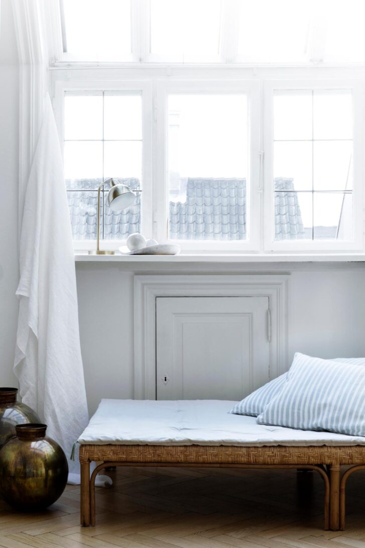 Medium Size of Wohnzimmer Liegestuhl Relax Designer Ikea Rattan Liege Kissen Broste Copenhagen Led Lampen Landhausstil Vorhänge Moderne Bilder Fürs Kommode Stehleuchte Wohnzimmer Wohnzimmer Liegestuhl