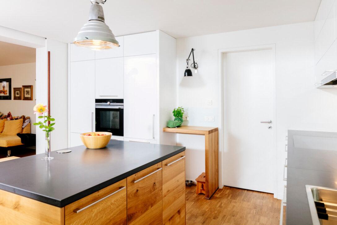 Large Size of Freistehende Küchen Thymian Moderne Kche Mit Klarer Linie Ratiomat Küche Regal Wohnzimmer Freistehende Küchen