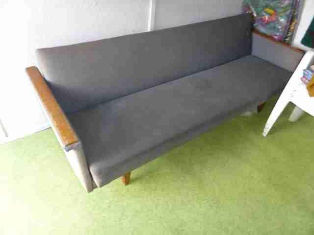 Full Size of Transportkosten Und Preise Fr Mbel Ausklappbares Bett Ausklappbar Wohnzimmer Couch Ausklappbar