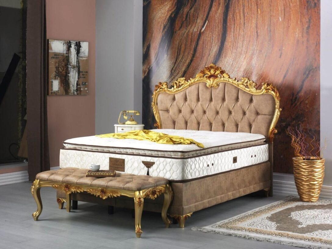 Large Size of Casa Padrino Barock Doppelbett Braun Gold Prunkvolles Samt Chesterfield Sofa Leder Coole Betten Lifetime Bett Hülsta Test Tatami Romantisches Kaufen 140x200 Wohnzimmer Chesterfield Bett Samt