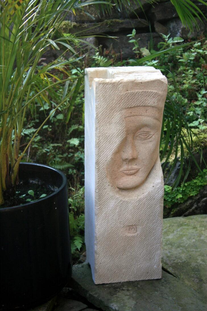 Medium Size of Gartenskulpturen Stein Gartenfiguren Aus Steinguss Moderne Modern Gartenskulptur Edelstahl Statuen Antik Buddha Kaufen Porenbeton Skulpturen Im Garten Selbst Wohnzimmer Gartenskulpturen Stein