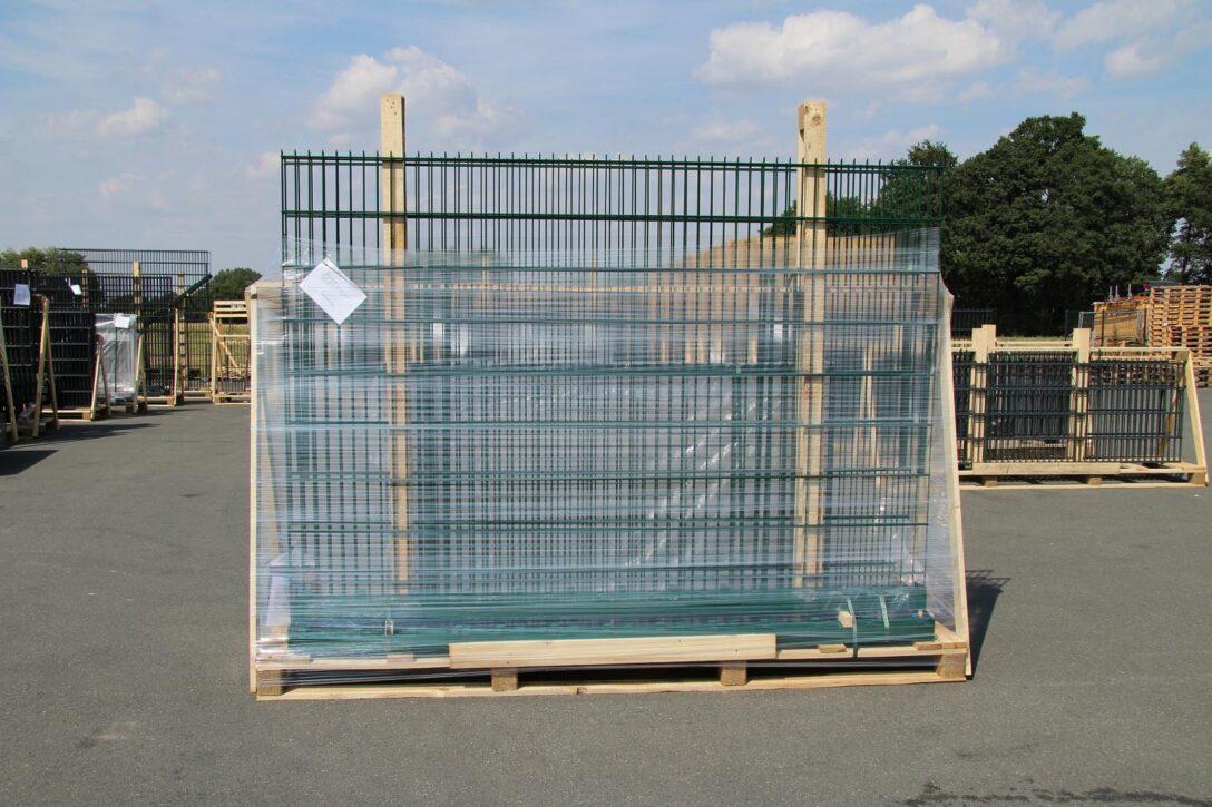 Large Size of Paletten Zaun Was Ist Eine A Bock Regal Regale Aus Europaletten Garten Bett Kaufen 140x200 Wohnzimmer Paletten Zaun