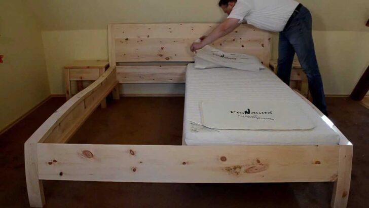 Medium Size of Zirbenholzbett Aus Echtem Zirbenholz Der Alpenregion Fr Perfekten Rückenlehne Bett Xxl Betten Niedrig Lifetime Ausgefallene Sonoma Eiche 140x200 Mit Wohnzimmer Rückwand Bett Holz