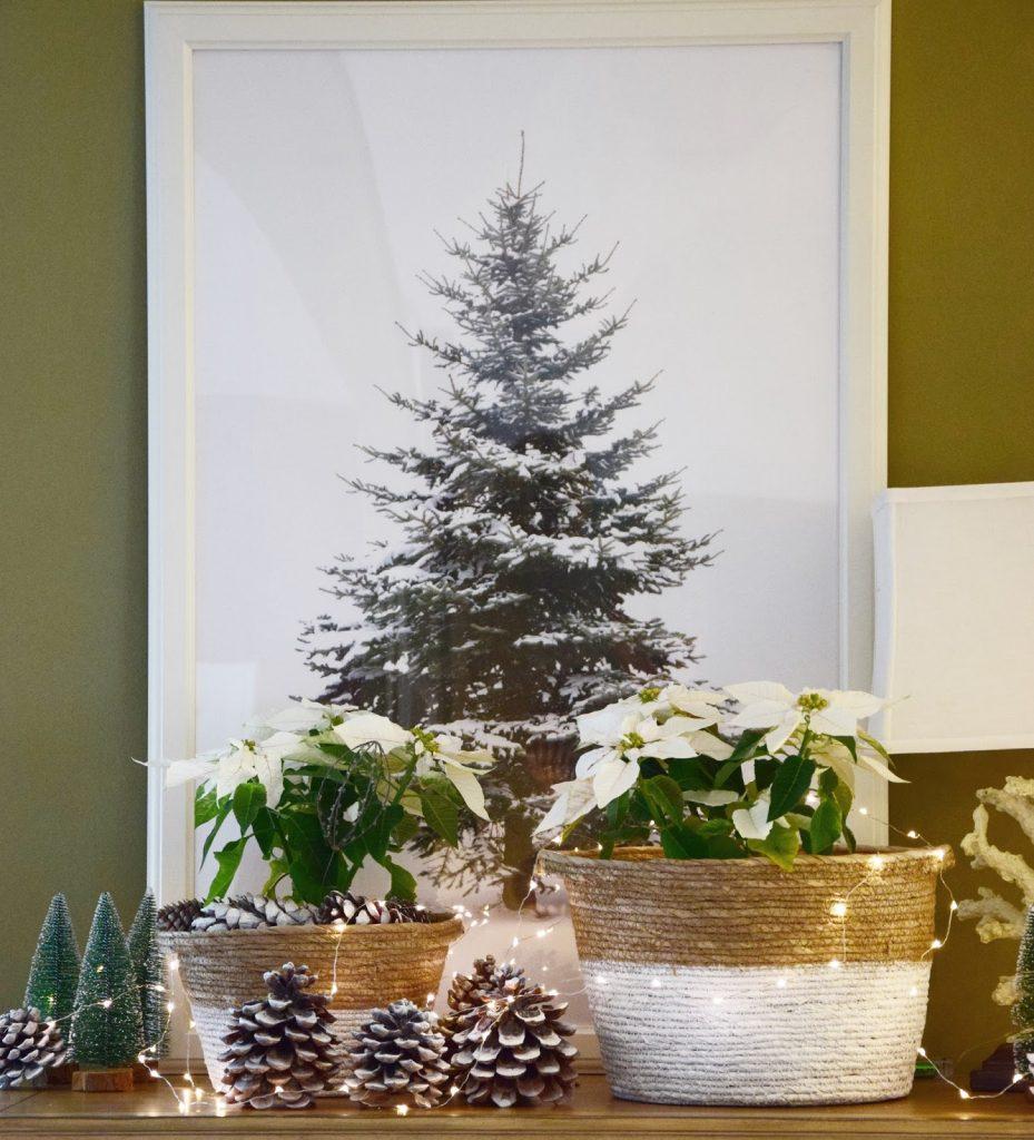 Full Size of Deko Sideboard Weihnachtliche Inspiration Mit Pinienzapfen Küche Arbeitsplatte Wanddeko Schlafzimmer Für Wohnzimmer Badezimmer Dekoration Wohnzimmer Deko Sideboard