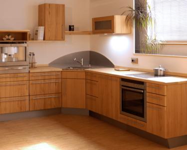Massivholzküche Abverkauf Wohnzimmer Pin Von Sarah Kutschbach Auf Einrichtung In 2020 Inselküche Abverkauf Massivholzküche Bad