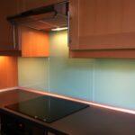 Fliesenspiegel Verkleiden Kchenwnde Wandverkleidung Aus Glas Küche Selber Machen Wohnzimmer Fliesenspiegel Verkleiden