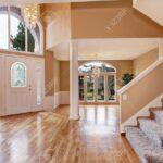 Schne Eingangshalle Mit Hohen Bad Wohnzimmer Küche Esstisch Schlafzimmer Led Für Schöne Betten Mein Schöner Garten Abo Wohnzimmer Schöne Decken