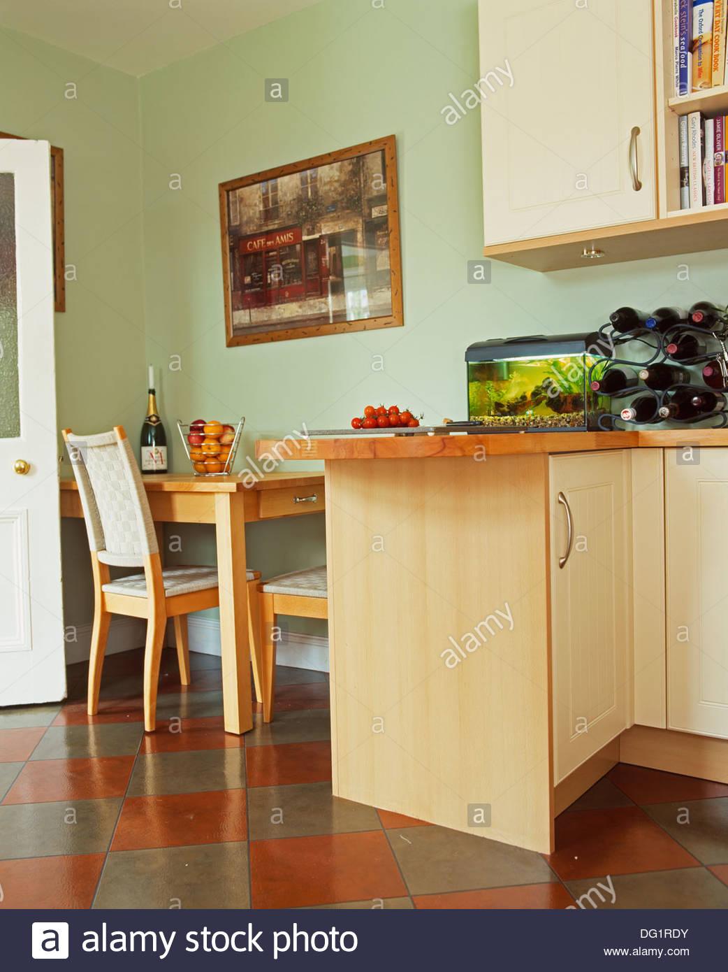 Full Size of Vinylboden Küche Grau Landküche Aufbewahrungssystem Teppich Für Gebrauchte Winkel Wasserhahn Ohne Oberschränke Inselküche Edelstahlküche Moderne Wohnzimmer Vinylboden Küche Grau