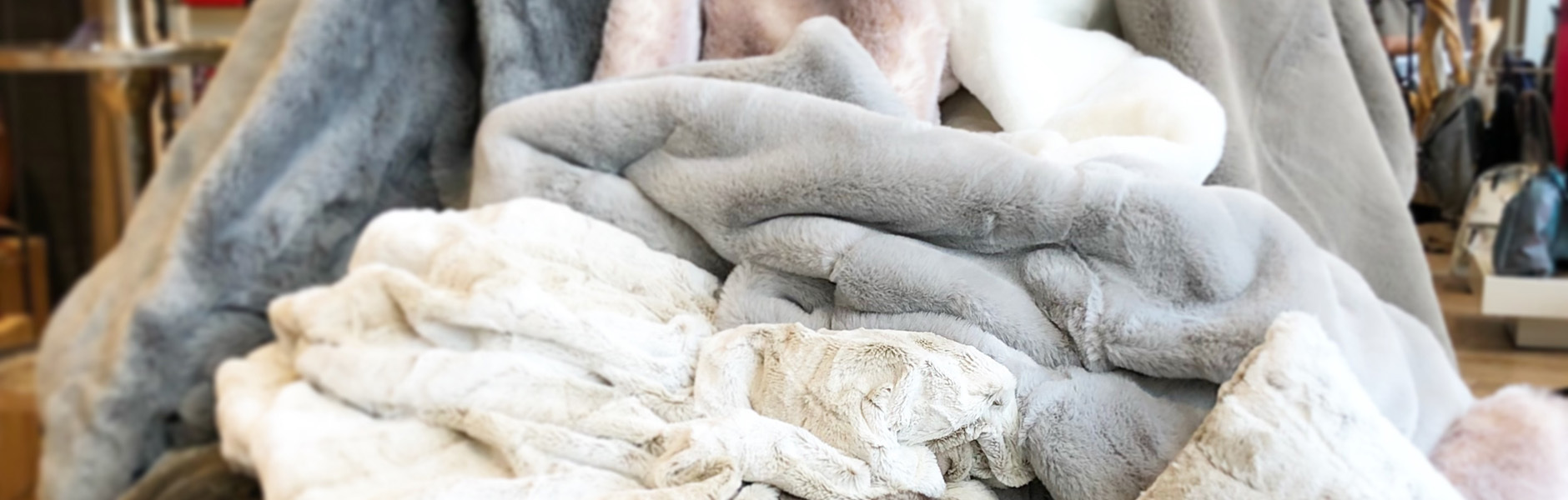 Full Size of Deckenleuchten Bad Wohnzimmer Decken Led Deckenleuchte Küche Deckenlampen Modern Schlafzimmer Tagesdecken Für Betten Badezimmer Deckenlampe Schöne Mein Wohnzimmer Schöne Decken