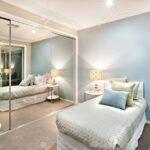 Schlafzimmer Komplett Massiv Weiss Set Luxus Und Klassische Sind Hellblau Wandlampe Schranksysteme Mit überbau Wohnzimmer Günstig Teppich Stehlampe Weiß Wohnzimmer Schlafzimmer Komplett Modern