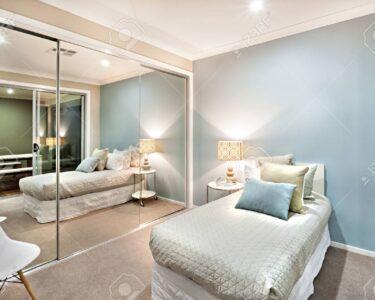 Schlafzimmer Komplett Modern Wohnzimmer Schlafzimmer Komplett Massiv Weiss Set Luxus Und Klassische Sind Hellblau Wandlampe Schranksysteme Mit überbau Wohnzimmer Günstig Teppich Stehlampe Weiß