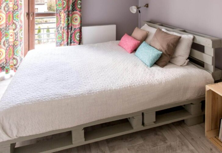 Medium Size of Palettenbett Ikea 140x200 Bett Paletten Europaletten Selbst Bauen 200x200 Kaufen 160x200 Küche Kosten Sofa Mit Schlaffunktion Betten Miniküche Modulküche Wohnzimmer Palettenbett Ikea