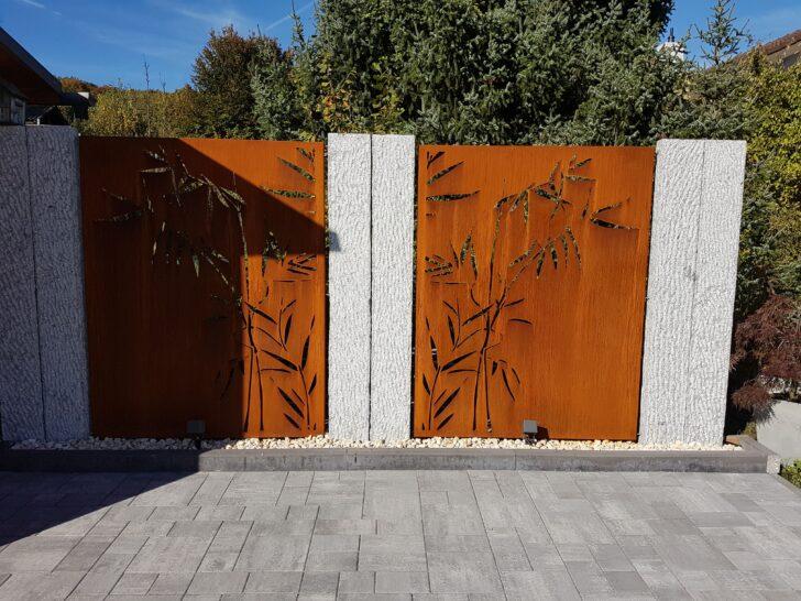 Medium Size of Abtrennwand Garten Trennwand Holz Sichtschutz Bild Von Simona Ca In 2020 Spielhaus Jacuzzi Und Landschaftsbau Berlin Versicherung Whirlpool Klapptisch Wohnzimmer Abtrennwand Garten