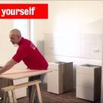 Kchen Schrnke Montieren Roller Do It Yourself Youtube Regale Küchen Regal Wohnzimmer Küchen Roller
