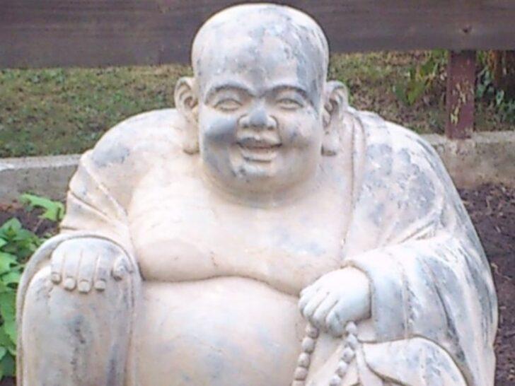 Medium Size of Gartenfiguren Aus Steinguss Statuen Gartenskulptur Gartenskulpturen Stein Moderne Edelstahl Buddha Kaufen Antik Modern Skulpturen Und Gartenkunst Miru Hotel Wohnzimmer Gartenskulpturen Stein