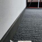 Sockelblende Küche Zuschnitt Fuleiste Aus Flachstahl Einfach Selbstgemacht In 2020 Teppich Für Jalousieschrank Freistehende Beistelltisch Behindertengerechte Wohnzimmer Sockelblende Küche Zuschnitt