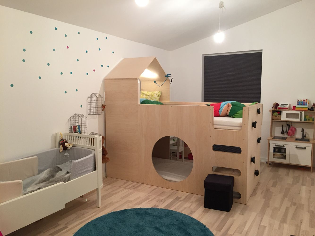 Full Size of Ikea Kura Hausbett Reversible Bed Kinderspielturm Garten Konzentrationsschwäche Bei Schulkindern Küche Kosten Kinderschaukel Miniküche Kinderzimmer Regal Wohnzimmer Hausbett Kinder Ikea
