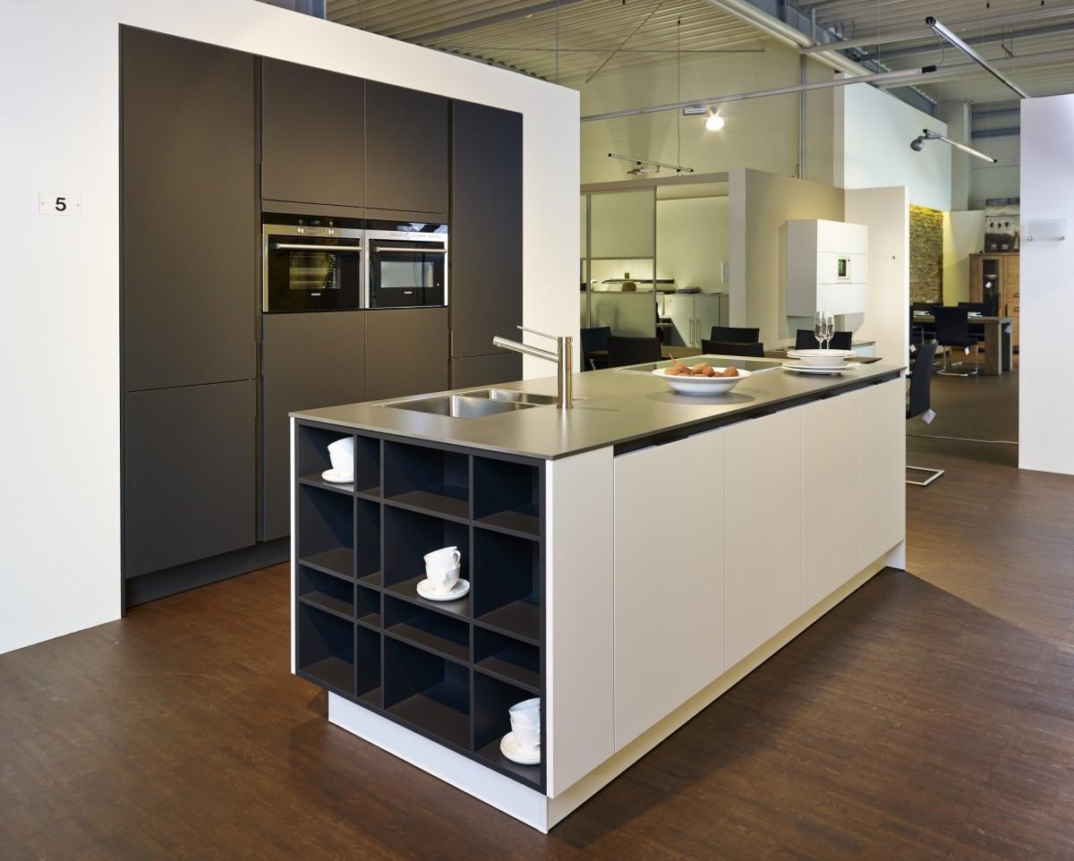 Full Size of Küchen Regal Bad Abverkauf Inselküche Wohnzimmer Bulthaup Küchen Abverkauf österreich