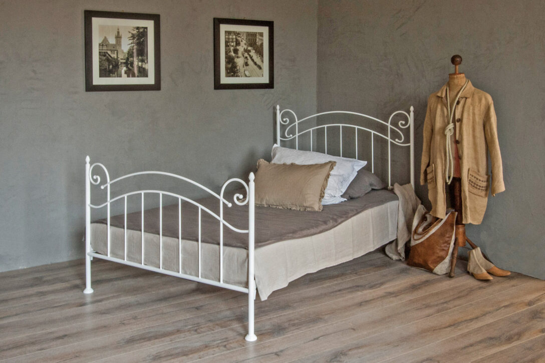 Large Size of Palettenbett Ikea Bett 120 200 Modulküche Betten Bei Sofa Mit Schlaffunktion 160x200 Küche Kaufen Kosten Miniküche Wohnzimmer Palettenbett Ikea