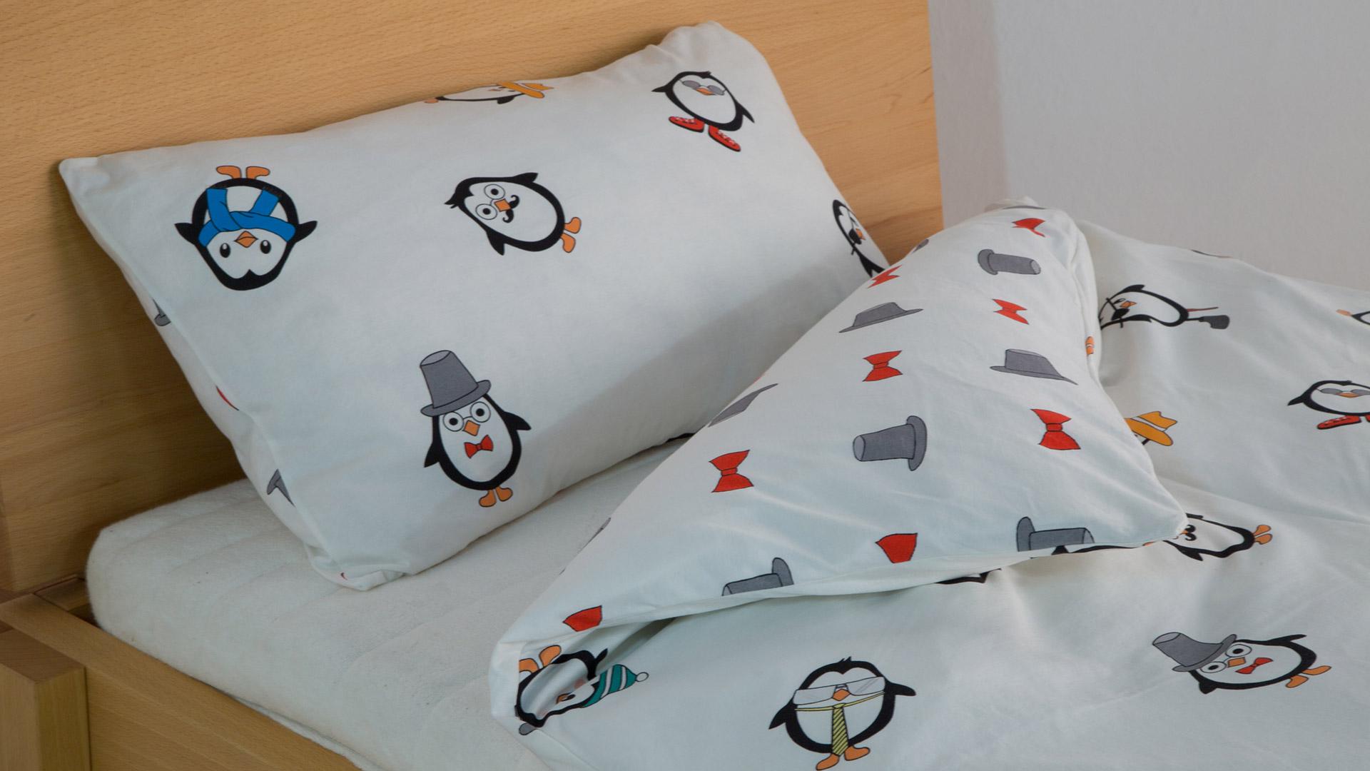 Full Size of Feinjersey Wende Bettwsche Pinguini Frhlich Bunt Mit Lustige T Shirt Sprüche T Shirt Bettwäsche Wohnzimmer Bettwäsche Lustig