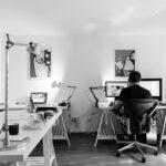 Hhenverstellbarer Schreibtisch Der Groe Ratgeber 2018 Ikea Miniküche Küche Kaufen Stehhilfe Betten Bei Büroküche Modulküche Sofa Mit Schlaffunktion Wohnzimmer Stehhilfe Büro Ikea