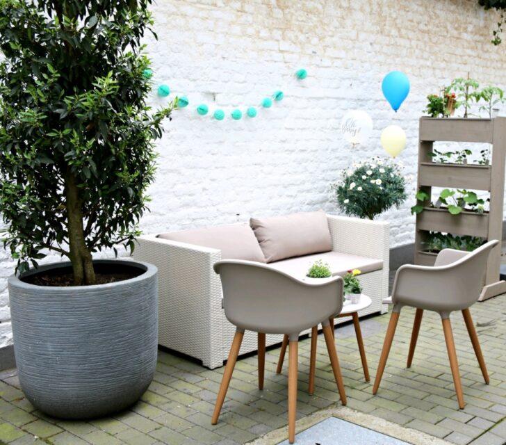Medium Size of Gartensofa Tchibo Komfort 2 In 1 Eine Gemtliche Gartenlounge Im Hof Zum Wohlfhlen Und Entspannen Wohnzimmer Gartensofa Tchibo