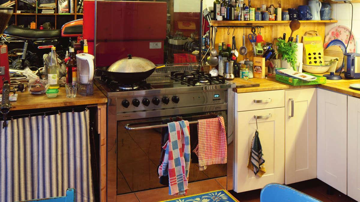 Full Size of Alternative Küchen Foto Ausstellung Mit Giesinger Kchen Wohnen Sofa Alternatives Regal Wohnzimmer Alternative Küchen