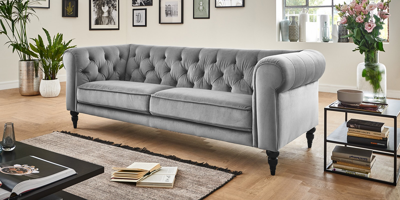 Full Size of Chesterfield Bett Samt Grau Ecksofa Ebay Caseconradcom Bette Floor Holz 190x90 Sonoma Eiche 140x200 180x200 Weiß Clinique Even Better Foundation Bock Betten Wohnzimmer Chesterfield Bett Samt Grau