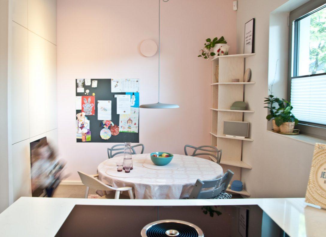Full Size of Little Dutch Kche Rosa Wandfarbe Hochglanz Streichen Landhausküche Gebraucht Weisse Grau Weiß Moderne Wohnzimmer Landhausküche Wandfarbe