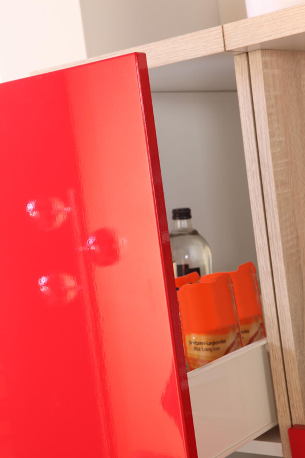 Full Size of Kchen Apothekerschrank Berlin 1 Front Auszug Einbauküche Ohne Kühlschrank Keramik Waschbecken Küche Wasserhahn Für Kaufen Günstig Grifflose Badezimmer Wohnzimmer Küche Mit Apothekerschrank