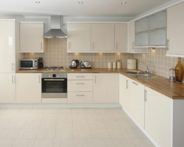 Küchen Fliesenspiegel Wohnzimmer Küchen Fliesenspiegel Kchenfliesen Berstreichen Schritt Fr Küche Regal Glas Selber Machen