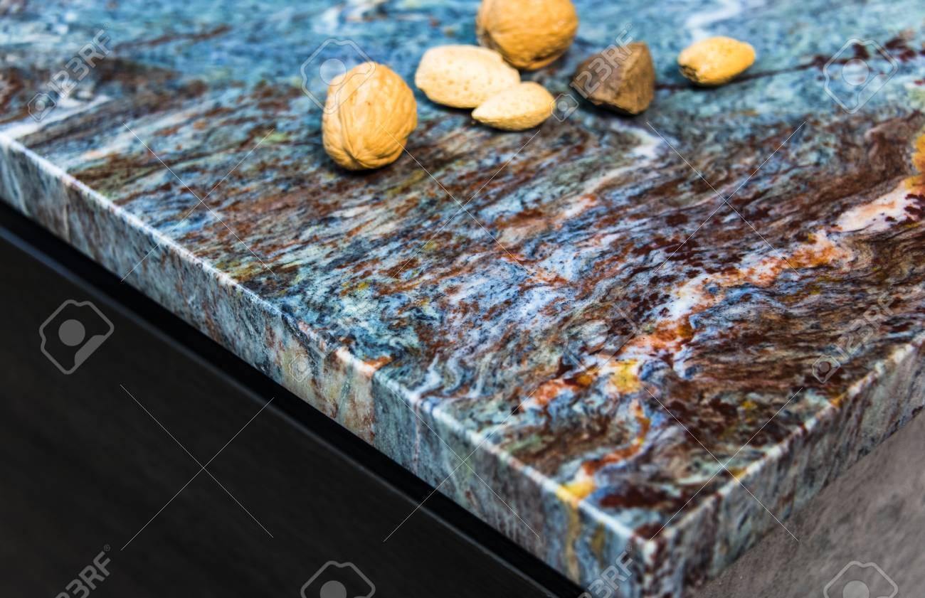 Full Size of Bild Bunten Kche Innen Granit Arbeitsplatte Lizenzfreie Fotos Küche Mit Arbeitsplatten Granitplatten Wohnzimmer Granit Arbeitsplatte