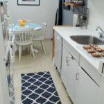 Kche Küche Mit Tresen Wohnzimmer Teppiche Hängeregal Bartisch Einbauküche Gebraucht Gardinen Für Die Günstig Einhebelmischer Wandpaneel Glas L E Geräten Wohnzimmer Küche Teppich