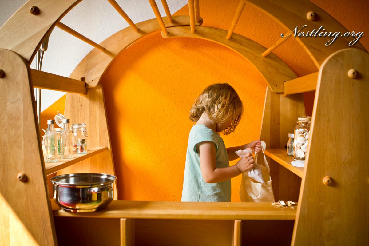 Full Size of Spielhaus Mit Kaufladeneinsatz Von Livipur Edelstahlküche Gebraucht Gebrauchte Küche Landhausküche Fenster Kaufen Kinderspielhaus Garten Einbauküche Betten Wohnzimmer Kinderspielhaus Gebraucht