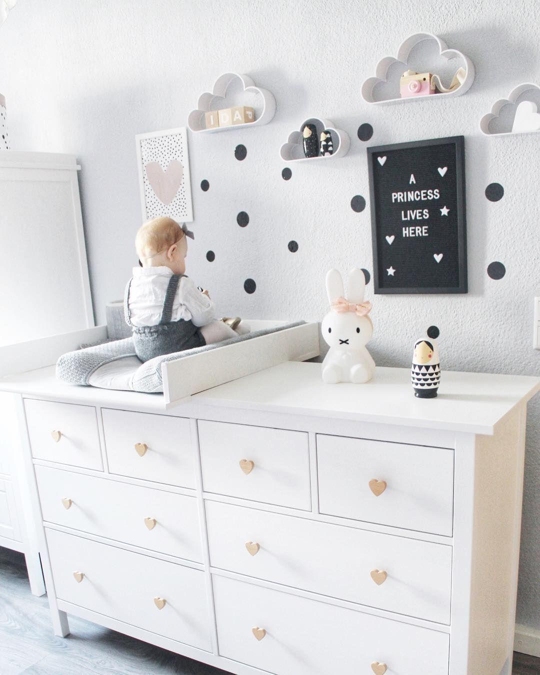 Full Size of Ein Traumhaft Schnes Kinderzimmer Mit Der Ikea Hemnes Kommode Als Küche Kosten Miniküche Kaufen Möbelgriffe Betten 160x200 Modulküche Sofa Schlaffunktion Wohnzimmer Möbelgriffe Ikea