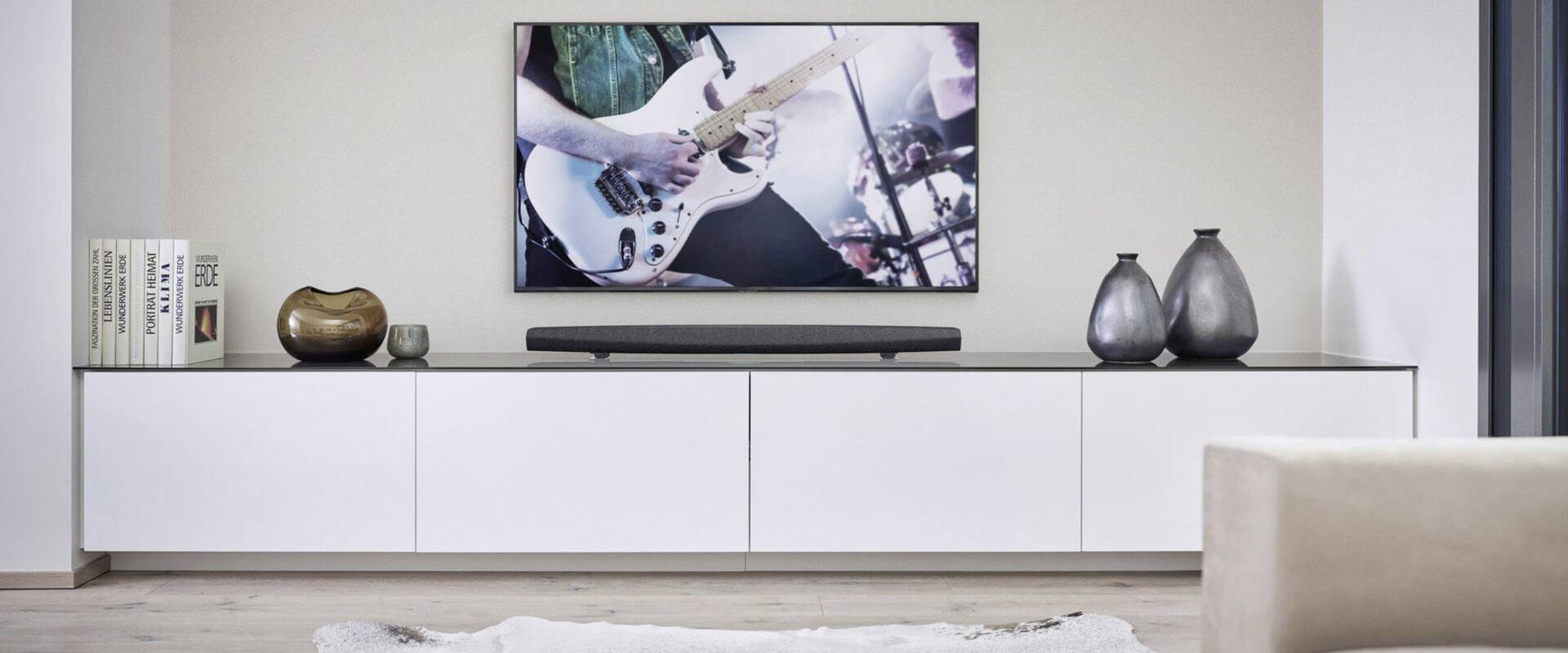 Full Size of Couch Mit Musikboxen Sofa Eingebauten Lautsprechern Lautsprecher Bluetooth Poco Und Licht Led Integriertem Big Tv Sound Verbessern Leicht Gemacht Heimkinode Wohnzimmer Sofa Mit Musikboxen