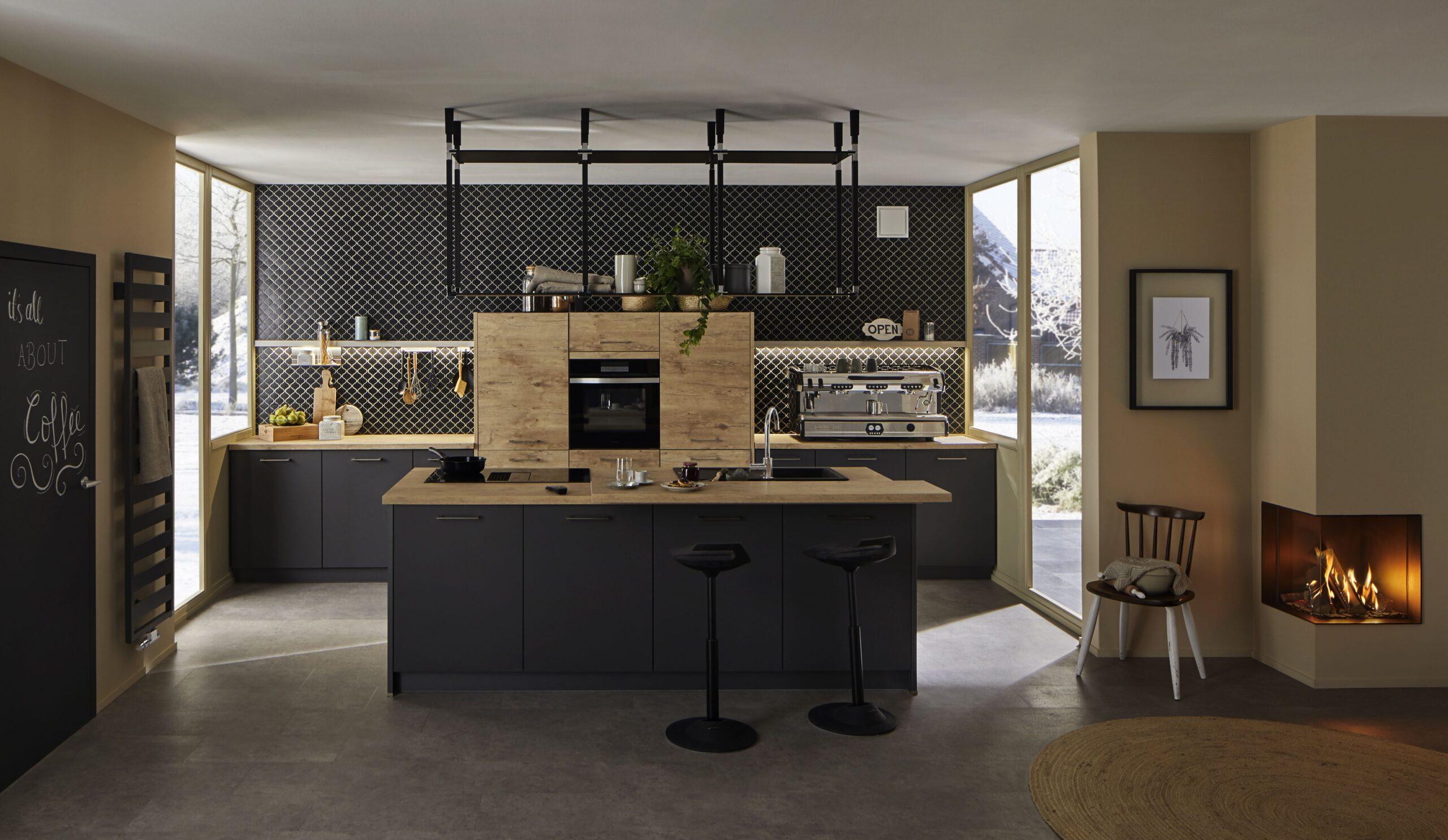 Full Size of Modern Kitchen Kitchendesign Kche Modernkitchendesign Hängeregal Küche Wohnzimmer Hängeregal Kücheninsel