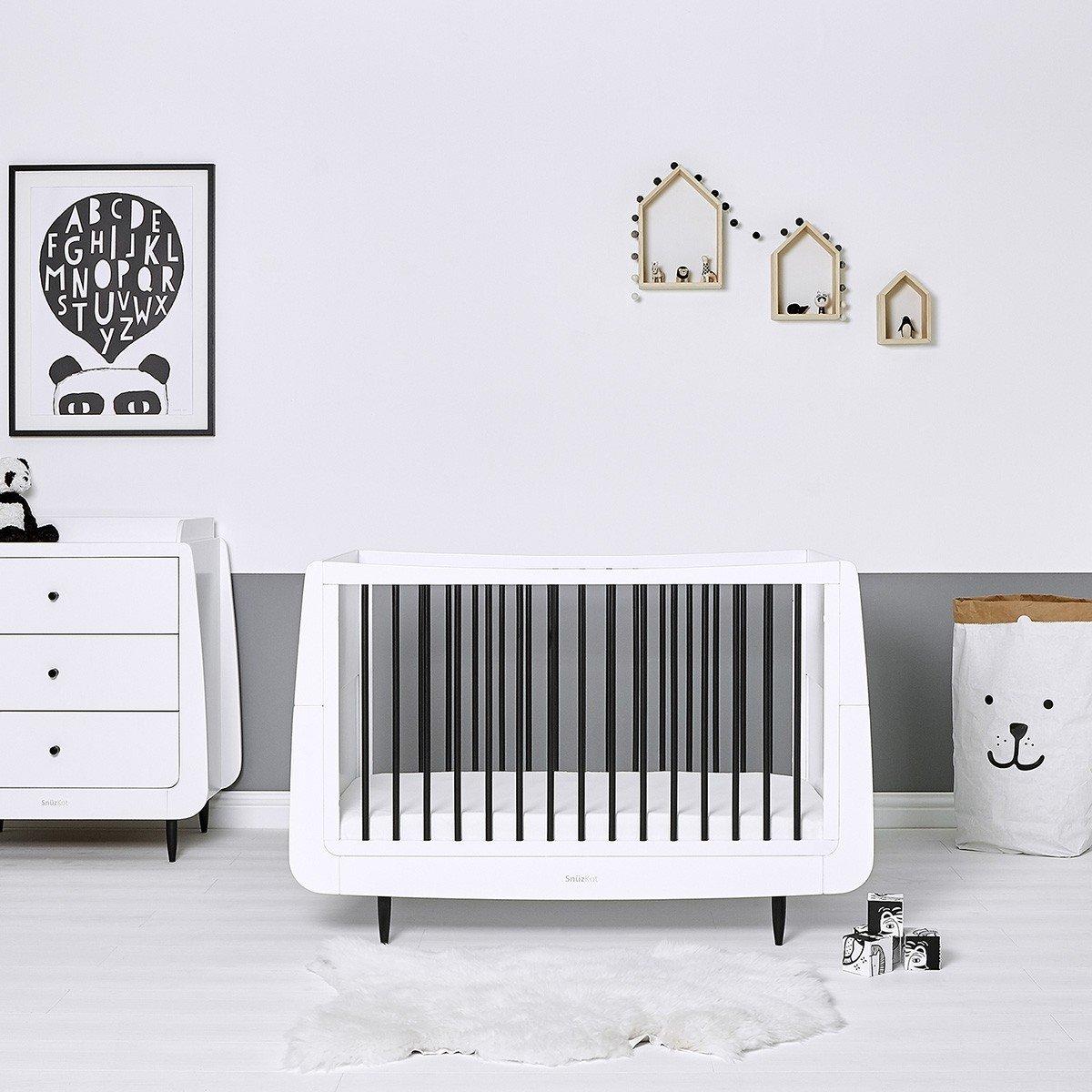 Full Size of Babybett Schwarz Snzkot Skandi In Mono Bett 180x200 Schwarze Küche Schwarzes Weiß Wohnzimmer Babybett Schwarz