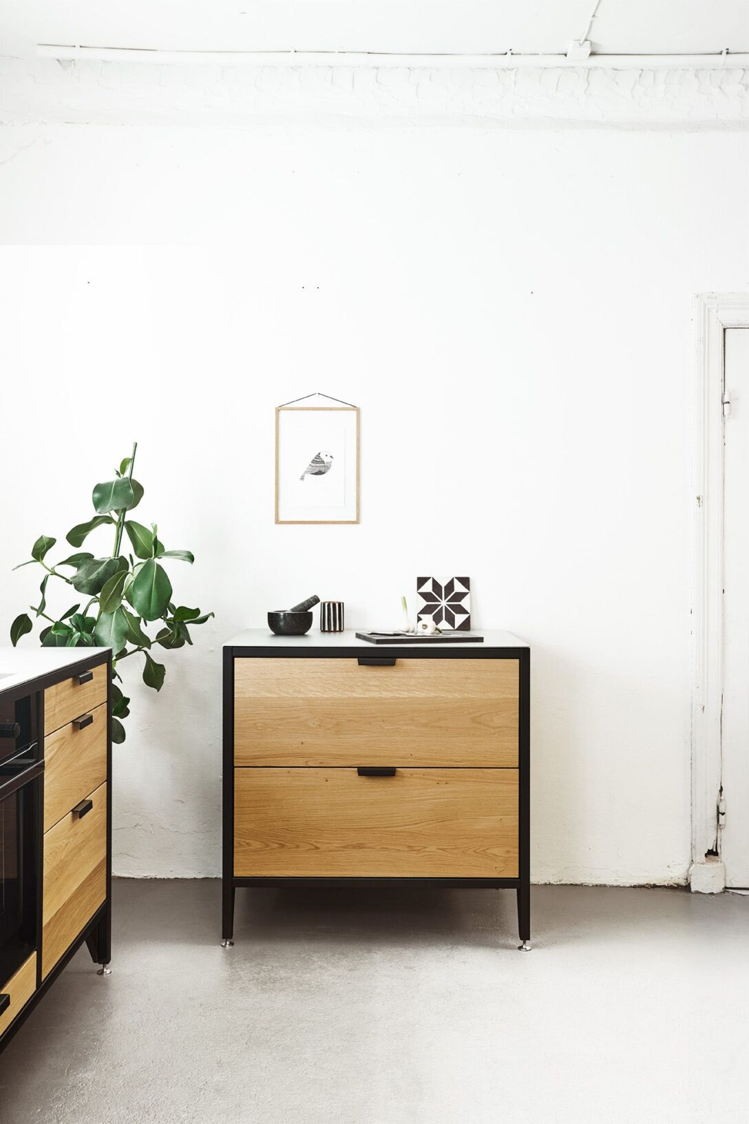 Large Size of Ein Einzelner Kchenschrank Oder Eine Ganze Kche Werk Modulküche Holz Ikea Wohnzimmer Cocoon Modulküche