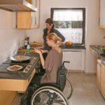 Barrierefreie Küche Ikea Behindertengerechte Kche Mobilittskche Barrierefrei Fr Ein Holzofen Ohne Geräte Eckschrank Werkbank Niederdruck Armatur Was Kostet Wohnzimmer Barrierefreie Küche Ikea