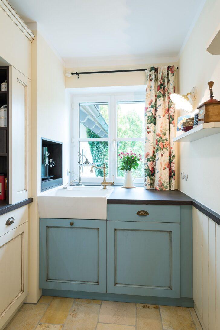 Medium Size of Landhausküche Einrichten Englische Landhauskchen Landhauskche Gebraucht Kleine Küche Moderne Weiß Weisse Badezimmer Grau Wohnzimmer Landhausküche Einrichten