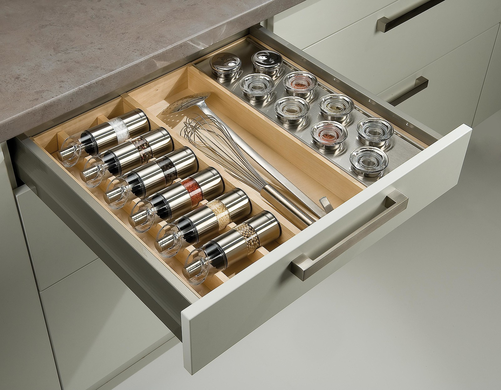 Full Size of Gewrzaufbewahrung So Lagern Sie Ihre Gewrze Richtig Schubladeneinsatz Küche Wohnzimmer Gewürze Schubladeneinsatz