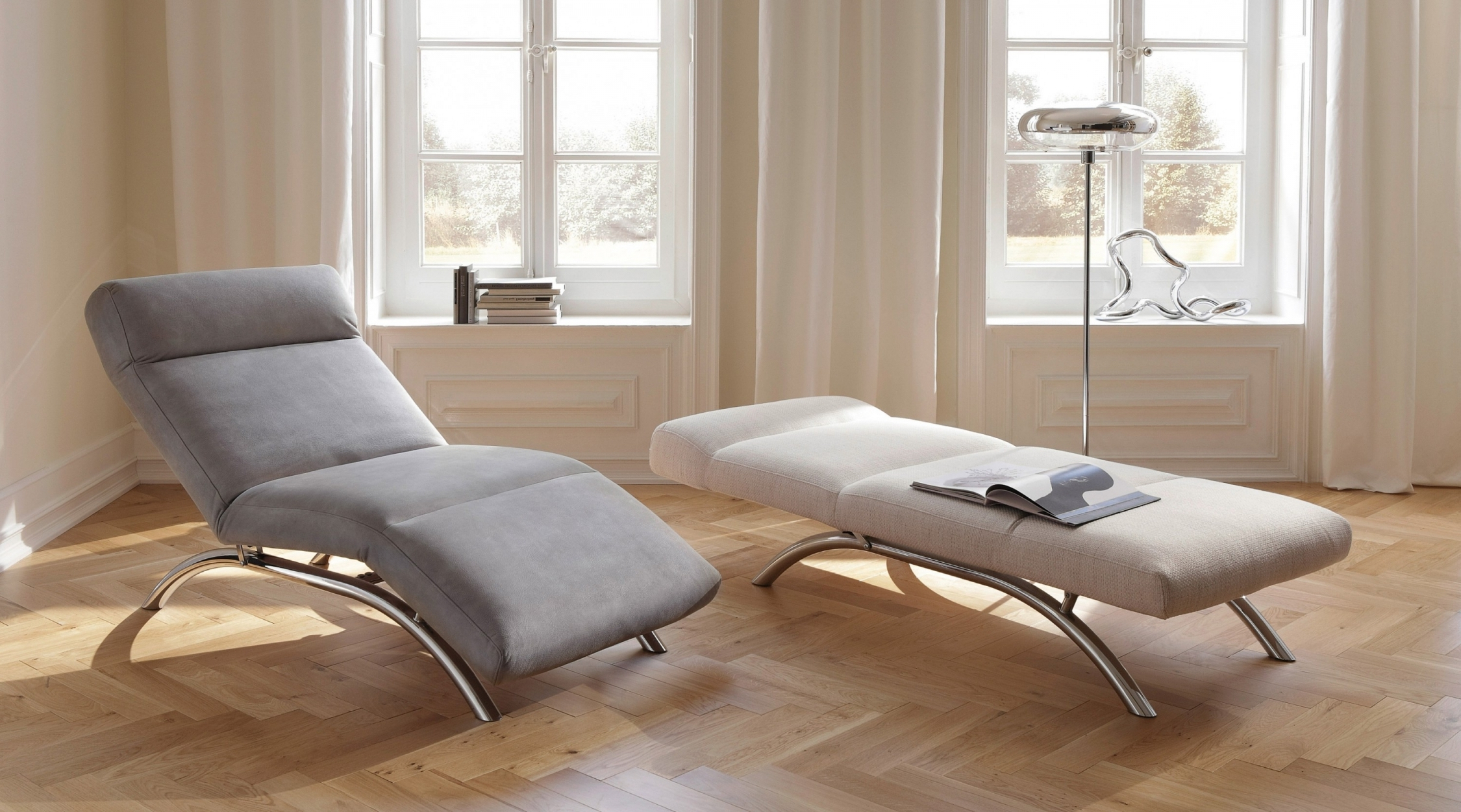 Full Size of Relaxliege Verstellbar Wohnzimmer Liege Designer Liegen Leder Liegestuhl Ikea Stylische Sofa Mit Verstellbarer Sitztiefe Garten Wohnzimmer Relaxliege Verstellbar