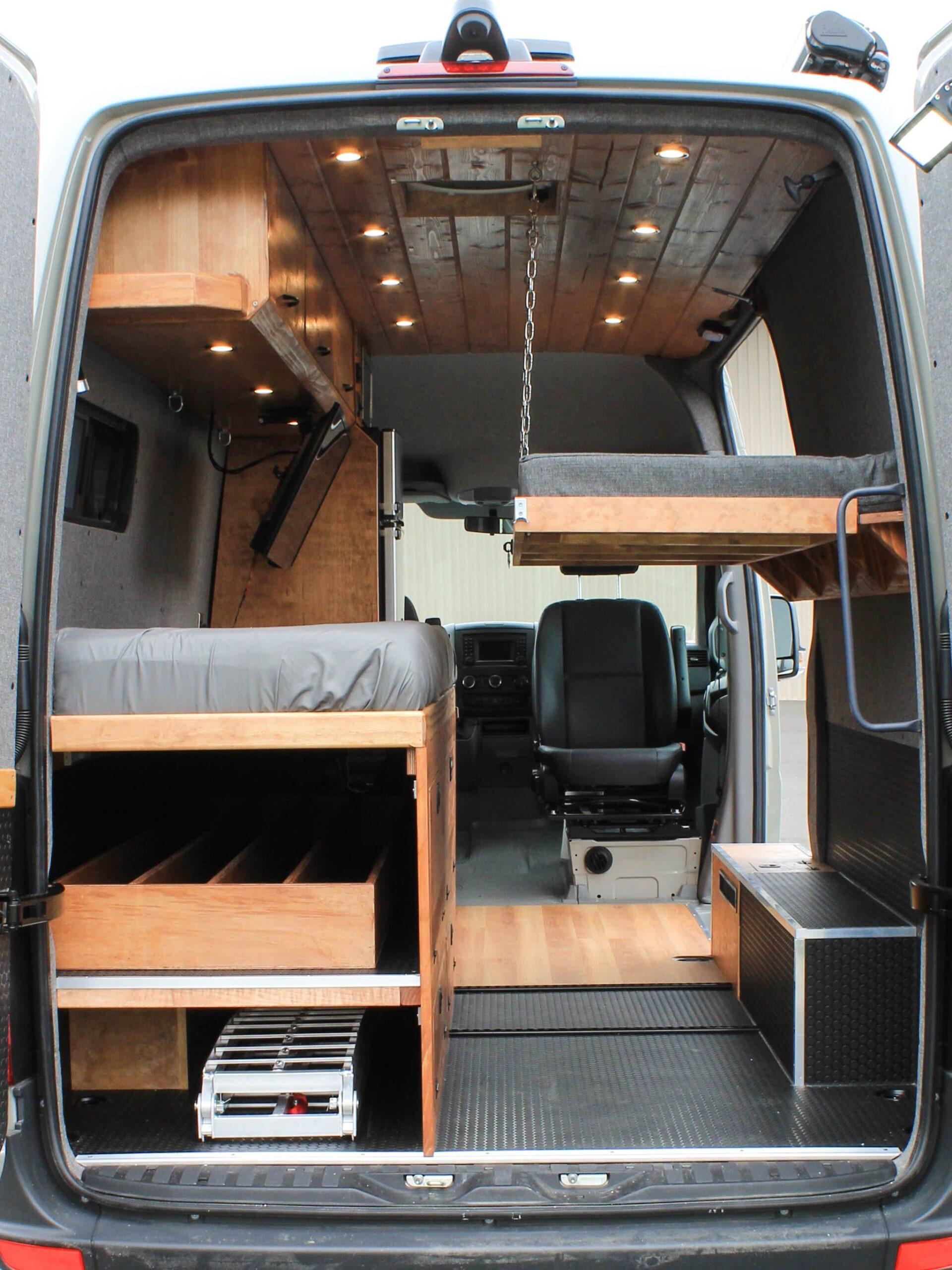 Full Size of Ausziehbett Camper Graystone Sprinter Conversion Umbau Bett Mit Wohnzimmer Ausziehbett Camper