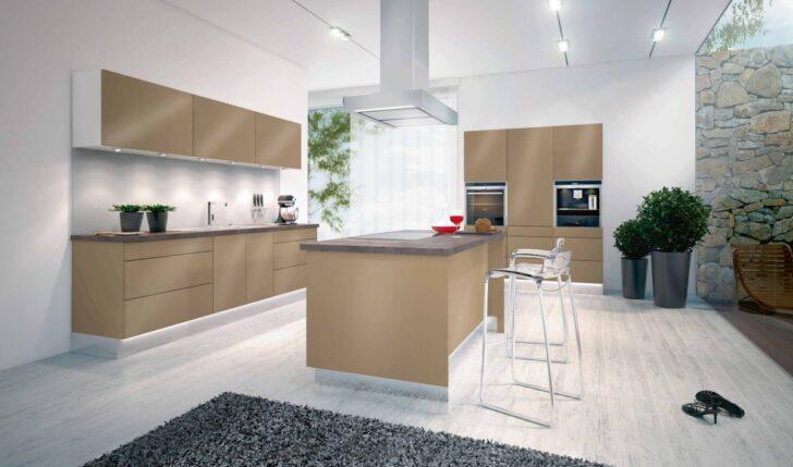 Medium Size of Offene Kche Mit Kochinsel Modell 2022 Freistehende Küche Wohnzimmer Kücheninsel Freistehend