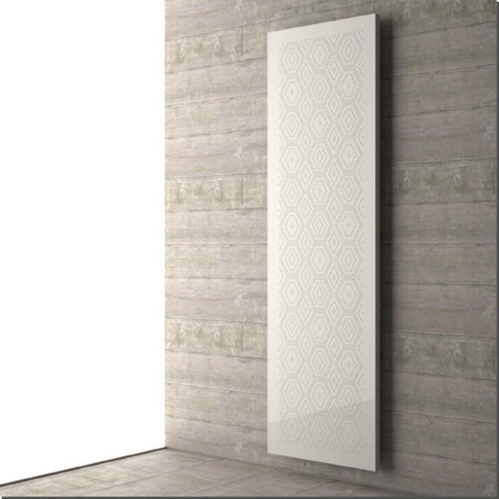 Medium Size of Moderner Heizkrper Mit Geometrischem Muster Deckenstrahler Wohnzimmer Board Kommode Deckenleuchten Wandbilder Led Deckenleuchte Anbauwand Wandtattoo Gardinen Wohnzimmer Flachheizkörper Wohnzimmer